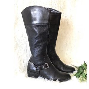 💕🙏🏾❤️ Vince camuto riding boots💕🙏🏾❤️